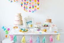 Mickey and Minnie Mouse Party Ideas / Mickey Mouse party ideas and  Minnie Mouse party ideas! Get ideas for a Mickey or Minnie Mouse party decorations, food, printables, games, favors, centerpieces, invitations, and more for boys and girls parties!