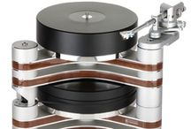 Clearaudio Master Innovation Wood turntable / www.musicalsurroundings.com