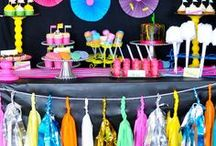 Neon Party Ideas / Neon Party Ideas | For Girls | For Adults | For Teens | For Tweens | For Boys | For Kids | Glow | DIY | Decorations | Outfit | Photo Booth