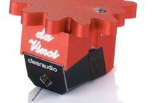 Clearaudio v2 Moving Coil phono cartridges / www.musicalsurroundings.com
