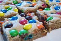 Cookies and Bars / by Melanie Souza Guffey