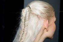 Plaisirs coiffures  / Des idées pour se coiffer et des trucs pour avoir de beaux cheveux / by Plaisirs santé