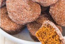 Cookbook - Breads & Muffins / by Lisa Vande Lune