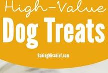 Spike's Pantry / Healthy treats for your pup!