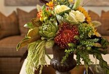 Floral Arrangements / by Cindy Clark