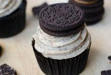 Cupcakes / by Molly Beckett