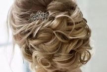 Bridal Beauty / On the big day all eyes should be on the bride! Get inspiration for your bridal hair here!
