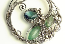 Jewelry and Bling: Wire Wrap Necklaces & Pendants / Examples of interesting wire wrapped necklaces and pendants / by Anne Marie Rowley