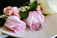 Wedding Rings / Beautiful collection of wedding rings #Romanza #RomanzaWedding #WeddingPhotography #PlayaDelCarmen #RivieraMaya #WeddingIdeas #WeddingRings #WeddingPhotos #WeddingBouquets #WeddingIdeas #WeddingDestination #WeddingResort #RomanzaLovers www.romanza.com.mx