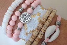 Pulseiras / Braceletes/Bracelets