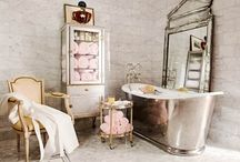Breathtaking Bathrooms / Inspirational spaces to bathe in beauty (or do your make-up or hair, or just daydream....) / by Janaki Rao (Home From India)