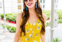On The Golden Girl / Find the best blog posts from The Golden Girl Blog by Jess Keys. Fashion and lifestyle posts including everyday style, outfit inspiration, outfit must haves, and beauty posts. Jess is a Chicago blogger.