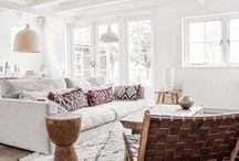 Home Decor Inspiration / Home decor, living room inspiration, decorate, decorating, living room decor, white rooms, DIY, interior design, living room DIY ideas, Scandinavian, modern, bohemian, eclectic, minimal home decor, minimalist