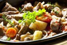 RECIPES | CROCKPOT / Crock Pot Recipes, of course. / by Dorina Igna