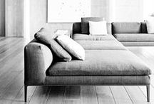 Comfie comfie!!! / I found the perfect couch... Still looking for future inspirations...