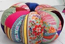 color : OTTOMANS :