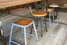 Stoelen / - Take a seat - van oude industriële schoolstoelen, werkstoelen, krukjes tot Eames stoelen.