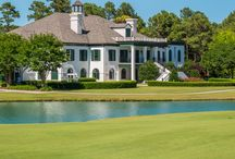 Porters Neck Wilmington, NC Real Estate / Porters Neck Plantation rests along the northern edge of Wilmington, NC near the intracoastal waterway. This gated golf country club community is known for its superb 18 hole golf course and it's beautiful southern homes! #portersneck #golfcourserealestate #wilmingtonrealestate