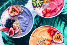 Acai Bowl / Delicious  healthy smoothie bowls