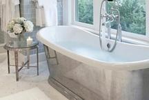 Bathroom / Gorgeous bathrooms / by Alexandra Hayler