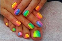 More Nails.... / by Harpa Pétursdóttir