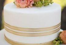 Rose Gold Wedding Inspiration / Rose Gold Weddings