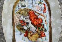 PORCELLANE NATALE  - my hand painted christmas dinnerware / Questa è una raccolta di porcellane che ho dipinto a mano in parecchi anni di lavoro.  These are my christmas dinnerware or cristmast ornaments and plates that i have hand painted