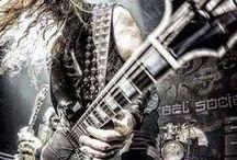 Mad Metal Axeman
