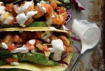La Comida / Mexican food | Tex Mex | Chipotle copycat | Mexican rice | Salsa | Guacamole | Fajitas | Tacos | Enchiladas | Beans | Tortillas