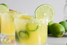 Drinks and Smoothies / Creative and delicious cocktails for year-round fun and entertaining, plus mocktails, smoothies and other beverages.