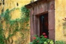 Italy-is where i love / by Rosalie Cronin