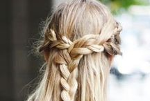 Hair ♡ / Sometimes I wish I had dark hair, sometimes I seek to make the perfect braide. On this board I save the best of everything, to help you (and myself) get the best hair inspiration!