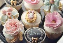 کاپ کیک / کاپ کیک های متنوع برای جشن های تولد، نامزدی،عروسی و سایر جشن های شما