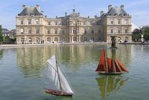 French Châteaux, Manoirs, et Maisons / Beautiful French castles, mansions and homes.
