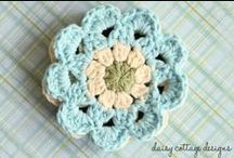 Stash Busting Projects / Looking to use up yarn that's leftover from crochet or knitting projects? Find inspiration here.