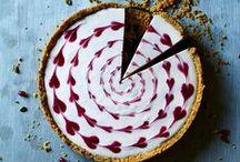 Sweetness / where I am the cake designer I dream of being.  / by Nina Lutz