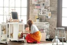 w o r k s p a c e s / Creative and beautiful workspaces