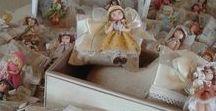Le nostre bamboline<3 / Dolci bamboline artigianali in fimo. Profumate idee regalo o bomboniere per le tue feste! Contattateci per info e ordini personalizzati su: https://www.facebook.com/merlettiinsoffitta/