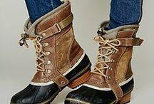 Footwear I dig! / by Nichole Victoria