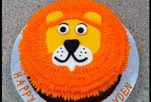 Decorated Cakes / by Karen Kliesing