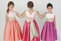 Girls Dresses / Girls Dresses, Flower Girls Dresses, Communion Dresses, First Holy Communion Dresses,  Baptism and Christening Outfits