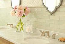 planning a bathroom / by Marcia Molnar
