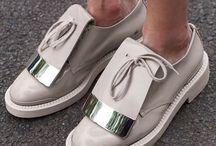 * Shoes & footwear *