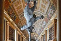 Daniel Firman / Artista eccentrico, famoso per Wursta, il suo elefante (finto) che collocato in varie posizione, infrange in altrettanti modi la gravità, alterando la percezione dello spazio.