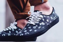 Vans Authentic / This is where you get the chance to see the unreal beautiful sneakers Vans Authentic
