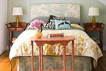 Bedroom & Study Ideas / by Lily Ramirez-Foran