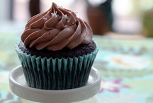 YUM - Cupcake Love! / by Debbie Hibbert