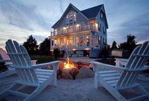 Beach House / Pretty rooms at the beach. / by Angela Thompson