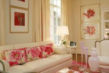 PINK & BRASS / Home Decorating with pink & brass, beautiful rooms and table top décor. Hollywood Glam