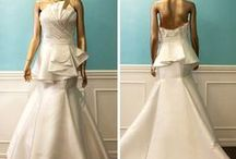 Trumpet & Mermaid Wedding Dresses / Flaunting feminine curves and exuding an alluring appeal, Trumpet / Mermaid Wedding Dresses can make you look extremely glamorous and sexy.